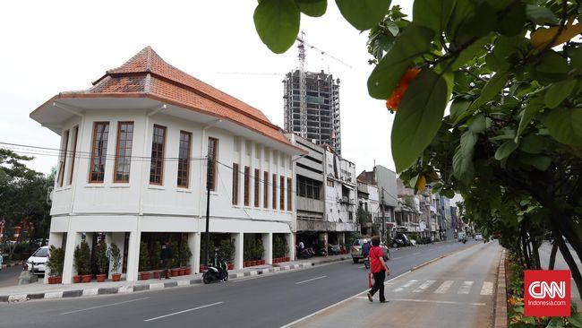Apotheek Chung Hwa: Rela Terkikis Demi Jakarta