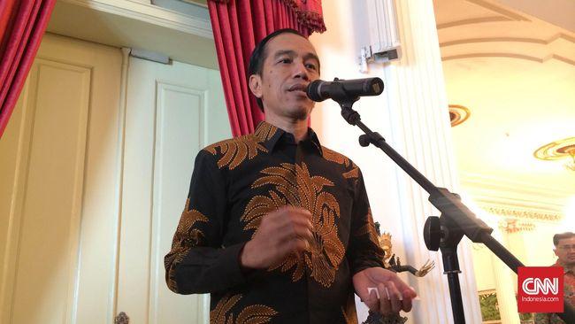 Di Tengah Kunjungan Kerja, Jokowi Sempatkan Jenguk Cucu
