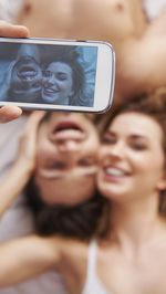 Perlukah Masih Ada Foto Mantan di Instagram? Ini Saran Pakar Cinta