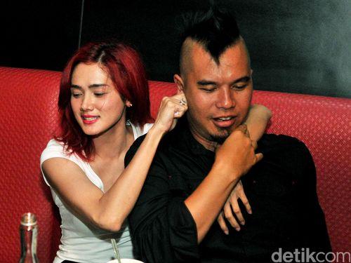 5 Pernikahan Seleb Indonesia yang Bercerai karena Isu Pelakor 1