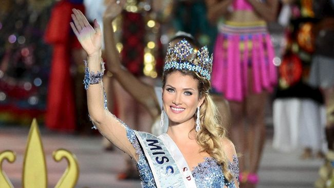 365 Hari Memori Miss World 2015 Mireia Lalaguna