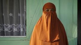 Perempuan 'ISIS-ers' dalam Jaringan Terorisme