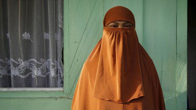 Polisi Sebut 3 Perempuan Bima Gabung Kelompok Teroris Santoso