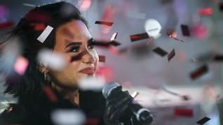 Demi Lovato Menangis Kenang Masa Kecanduan
