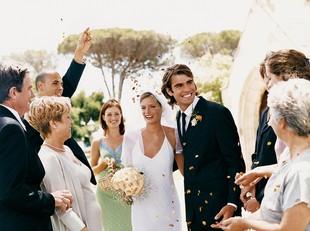 Hal yang Perlu Diperhatikan saat Gelar Pernikahan di Musim Hujan