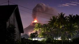 Gunung Soputan Siaga, Terus Mengeluarkan Abu Vulkanik