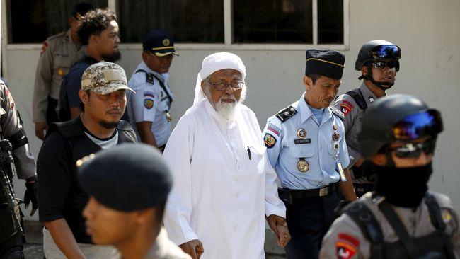 Abu Bakar Baasyir Hadiri Sidang PK di Cilacap