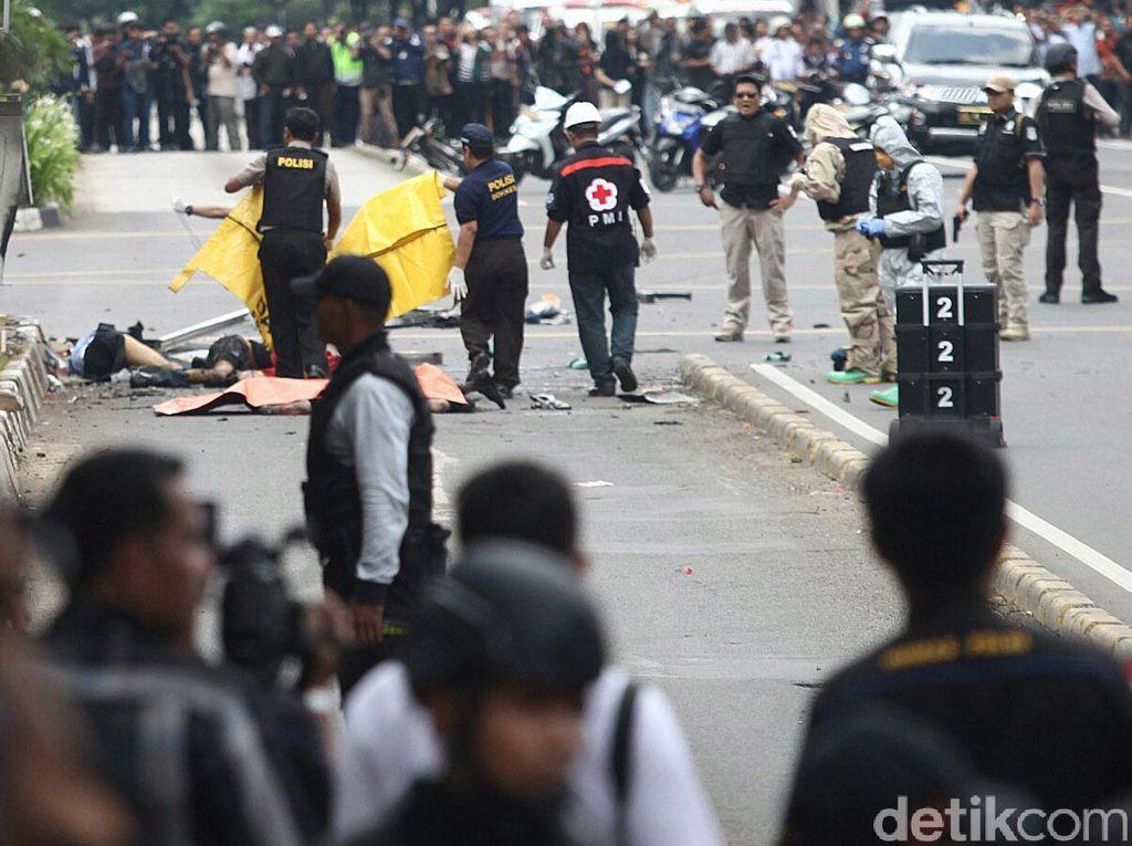 8 orang meninggal akibat insiden ini, 4 di antaranya pelaku (Foto: Agung Phambudhy/detikcom)
