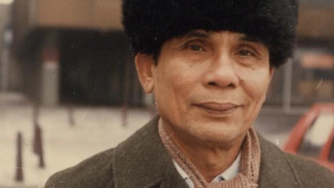Sitor sempat dipenjara oleh rezim Orde Baru, pada 1966, dan dibebaskan pada 1975, tanpa proses pengadilan. Selama kebebasannya terbelenggu, Sitor merasa dirinya manusia yang bukan manusia. Begitu dibebaskan, ia aktif menulis lagi, hingga lanjut usia.