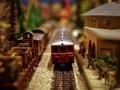 10 Perjalanan Kereta Berpemandangan Indah di Dunia