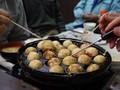 Kota Kuliner Kaki Lima Jepang Larang Turis Makan Sambil Jalan