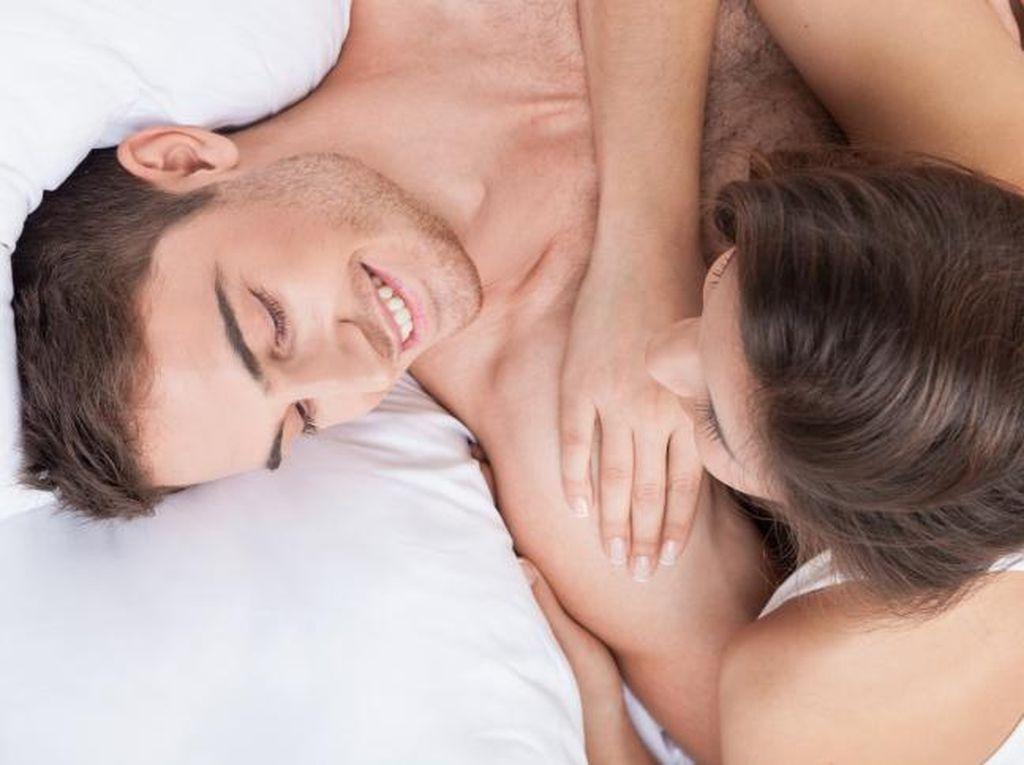 Agar Lebih Nyaman Melakukan Seks Oral, Jangan Lupa Lakukan 4 Hal Ini