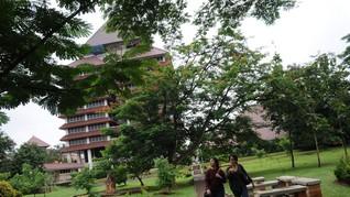 Ari Kuncoro Dilantik Jadi Rektor UI, Nadiem dan Menkeu Hadir