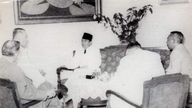 Antara Freemasonry Indonesia, Soekarno dan Bung Hatta