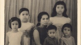 Belenggu Kehidupan Keluarga Pramoedya di Balik 'Bumi Manusia'