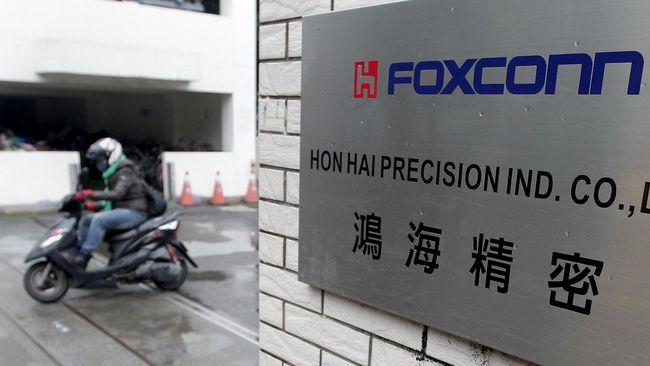 Foxconn Buka Kantor Pertama di AS