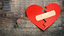 Waspada 5 Tanda Cinta 'Palsu'