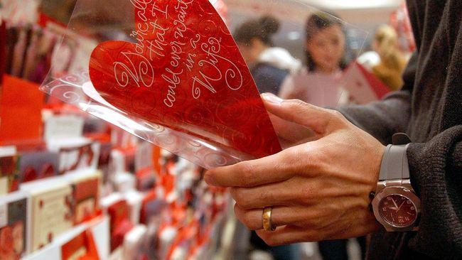 Presiden Pakistan Imbau Penduduknya Tak Rayakan Valentine