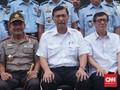 Menteri Luhut Gelar Rakor Terkait Terorisme hingga Bebas Visa