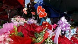 4 Kisah Romantis Tentang Bunga dan Cinta