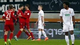 Dua Gol Lewandowski Antar Munich Menang 3-1 Atas Augsburg