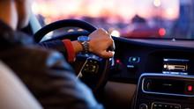 Duduk Lama di Kursi Mobil Bikin Kesuburan Menurun