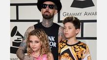 Drumer Blink 182 Bersyukur Selamat dari Kecelakaan Mobil