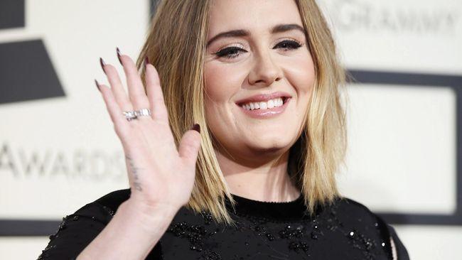 Adele Tidak Janji Akan Tur Konser Lagi