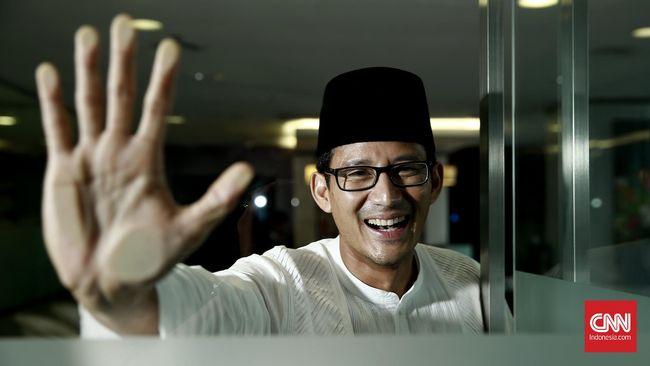 Tim Jokowi Minta Sandiaga Uno Tak Libatkan Ibu Urus Politik