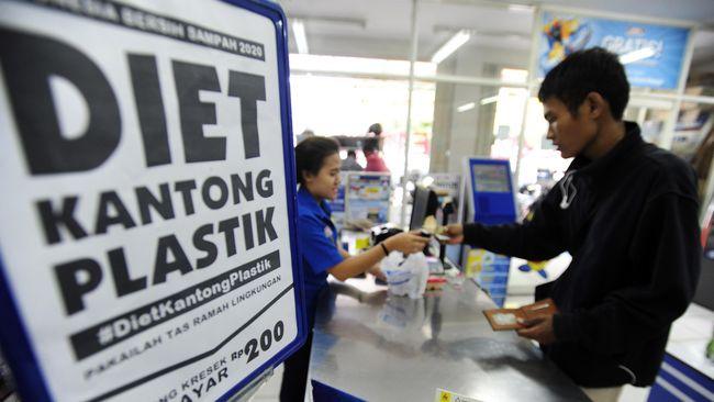 Peneliti Usul Cukai Plastik Dibebankan ke Konsumen