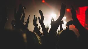Corona, Tempat Musik Inggris Minta Rp20 M ke Artis Besar