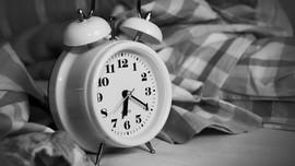 5 Cara Ampuh Atasi Masalah Tidur Terlalu Lama