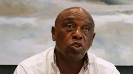 Sexwale, Mantan Tapol yang Ingin Jadi Presiden FIFA