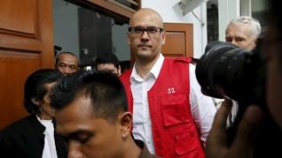 Grasi Dikabulkan Jokowi, Warga Kanada Eks Guru JIS Bebas