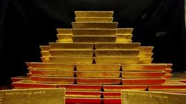Harga Emas Antam Tergelincir Rp1.000 jadi Rp700 Ribu per Gram