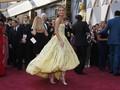 Raih Piala Oscar, Alicia Vikander 'Gombali' Eddie Redmayne