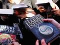 Pasangan Inggris Menikah di 'Dunia' Harry Potter