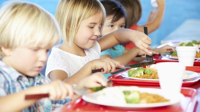 Studi: Menonton Video Masak Bikin Anak Gemar Makanan Sehat