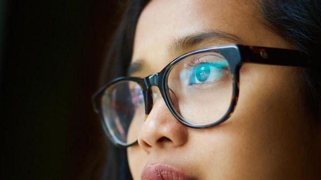 Mata Minus Kian Mengintai Kesehatan Anak di Era Digital