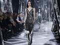 Futuristik, Sporty, dan Seksi ala Louis Vuitton