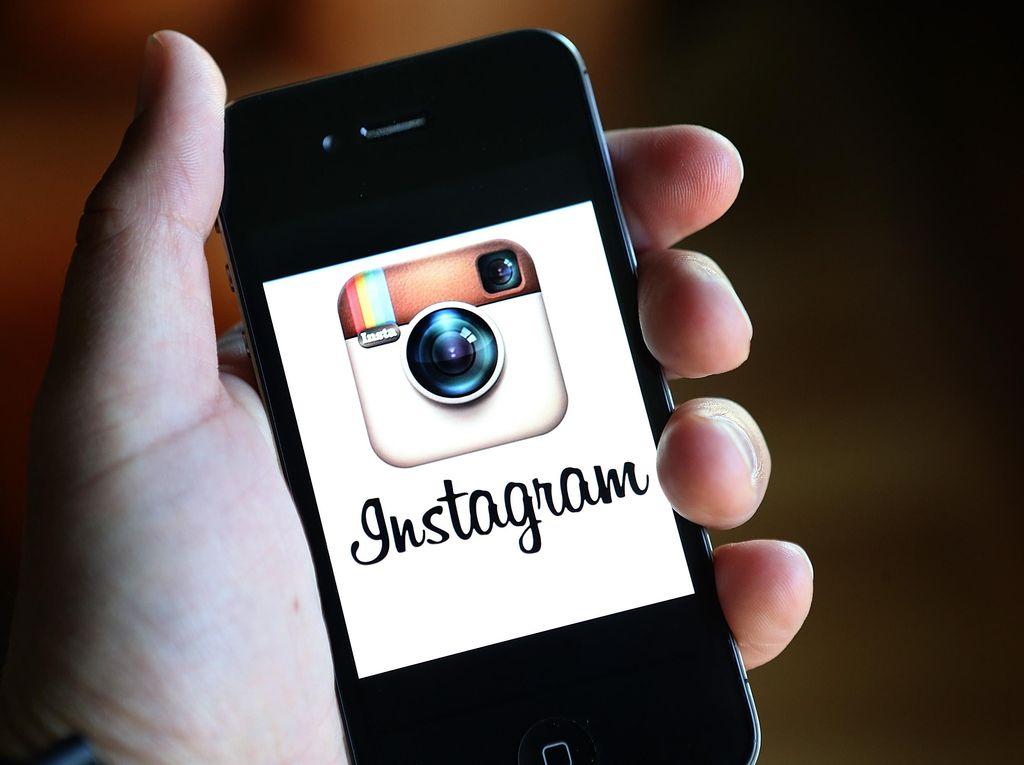Orang Depresi Sering Edit Foto Pakai Filter Ini di Instagram