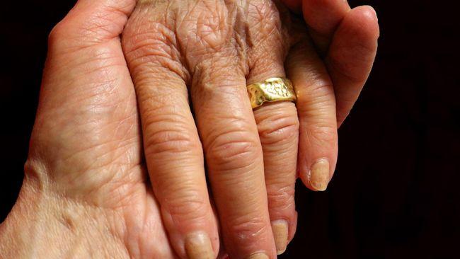 Kisah Pasutri Meninggal di Hari yang Sama Usai 71 Tahun Nikah