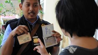 Petugas Ciduk 30 WNA di Tangerang Diduga Langgar Keimigrasian