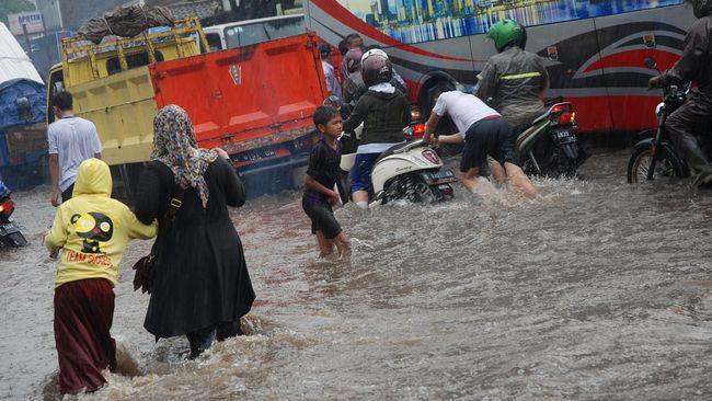 Pemkab Bandung Barat Tetapkan Status Siaga Banjir dan Longsor
