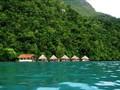 Menelisik Keindahan Pulau Ora, Maluku Tengah