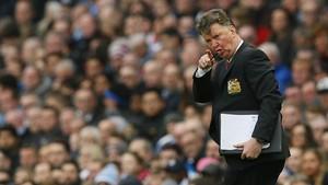 Van Gaal Bersedia Tangani Klub Inggris demi Kalahkan MU