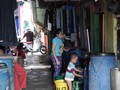 Penjaja Air Sandaran Utama Warga Pesisir Utara Jakarta
