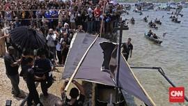 Senandung Doa di Tengah Laut Larantuka