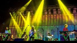 Satu Tahun Album 'Currents,' Tame Impala Rilis Versi Deluxe