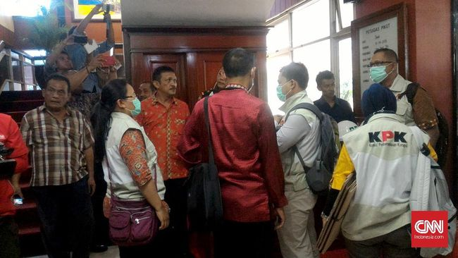 KPK Geledah Kantor BPKS Aceh Terkait Suap Dana Otsus